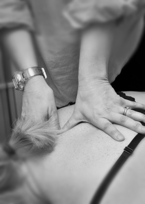 physiotherapy hands-on
